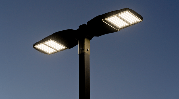LED Pole Lights Improve Curb Appeal for Your Shopping Center